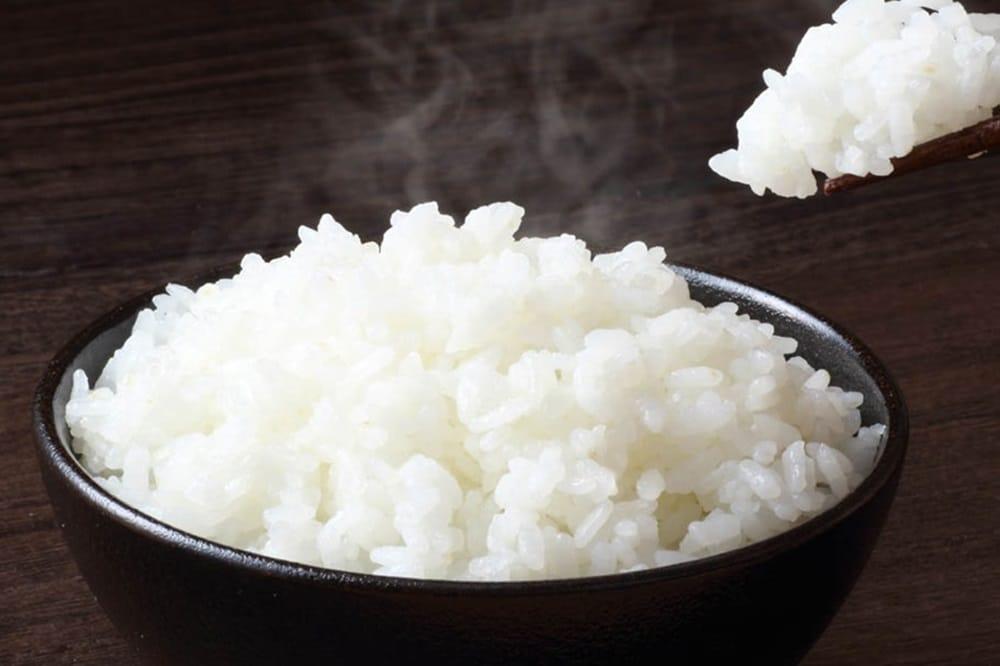 白米の糖質は何g?お米を食べながら糖質を減らす工夫とは?